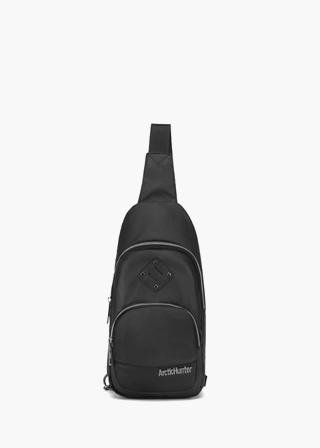 투포켓엠블럼슬링백(3color) B#AH015